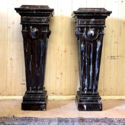 Paire de sellettes en terre cuite vernissée, XXe siècle