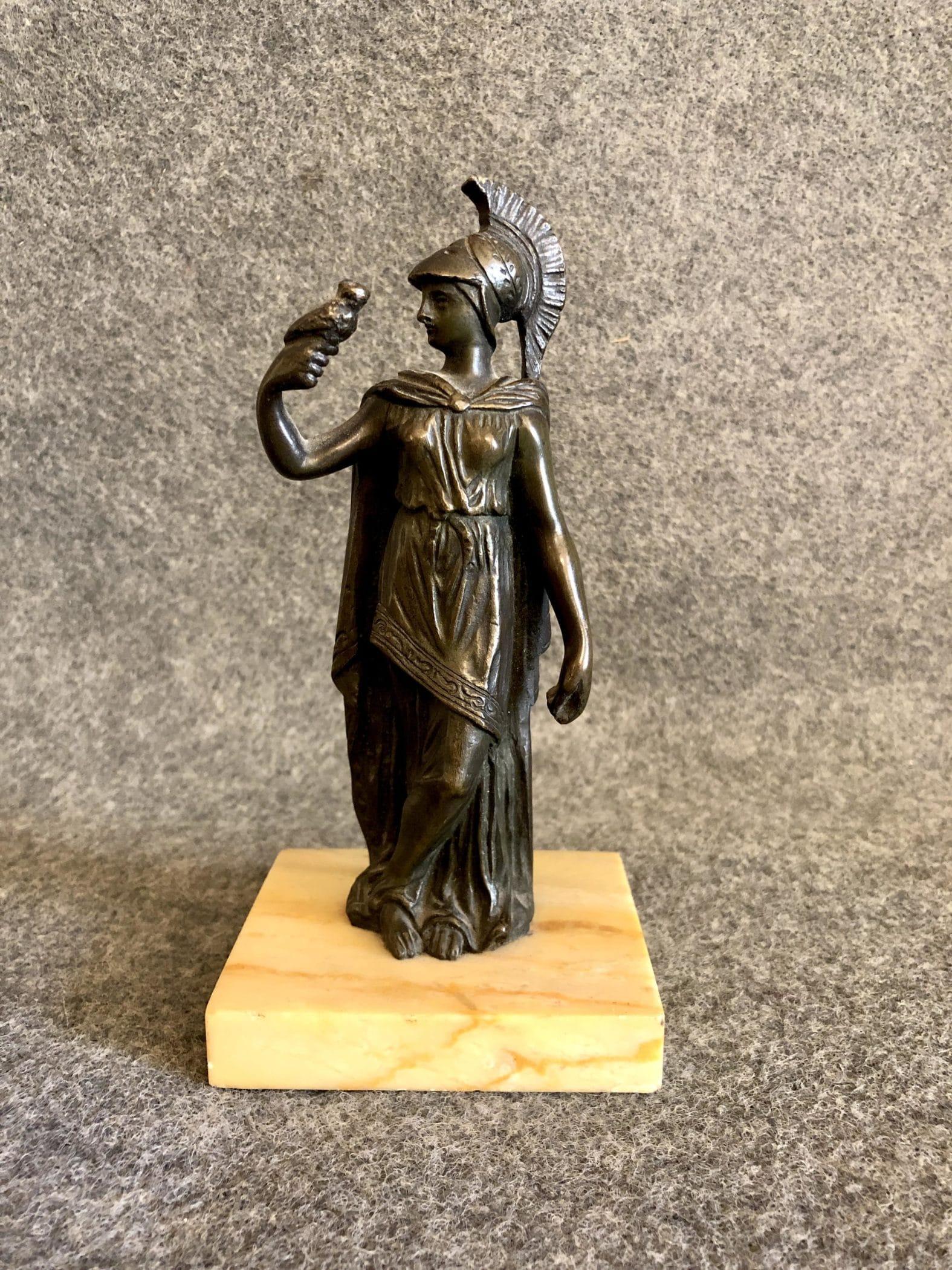 Bronze ancien figurant la déesse grecque Athéna, XIXe siècle. Parfait état