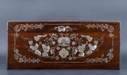 Coffret indochinois acajou et nacre, XIXe siècle.