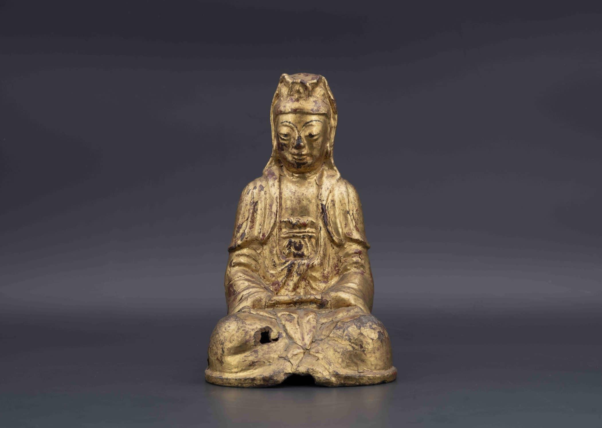 Bronze laqué or. Chine, XVIIIe siècle