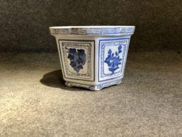 Jardinière ou cache-pot en porcelaine, XXe siècle