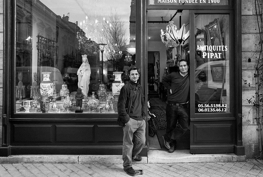 Pipat Antiquités à Bordeaux Au 64 rue Notre-Dame, Bordeaux