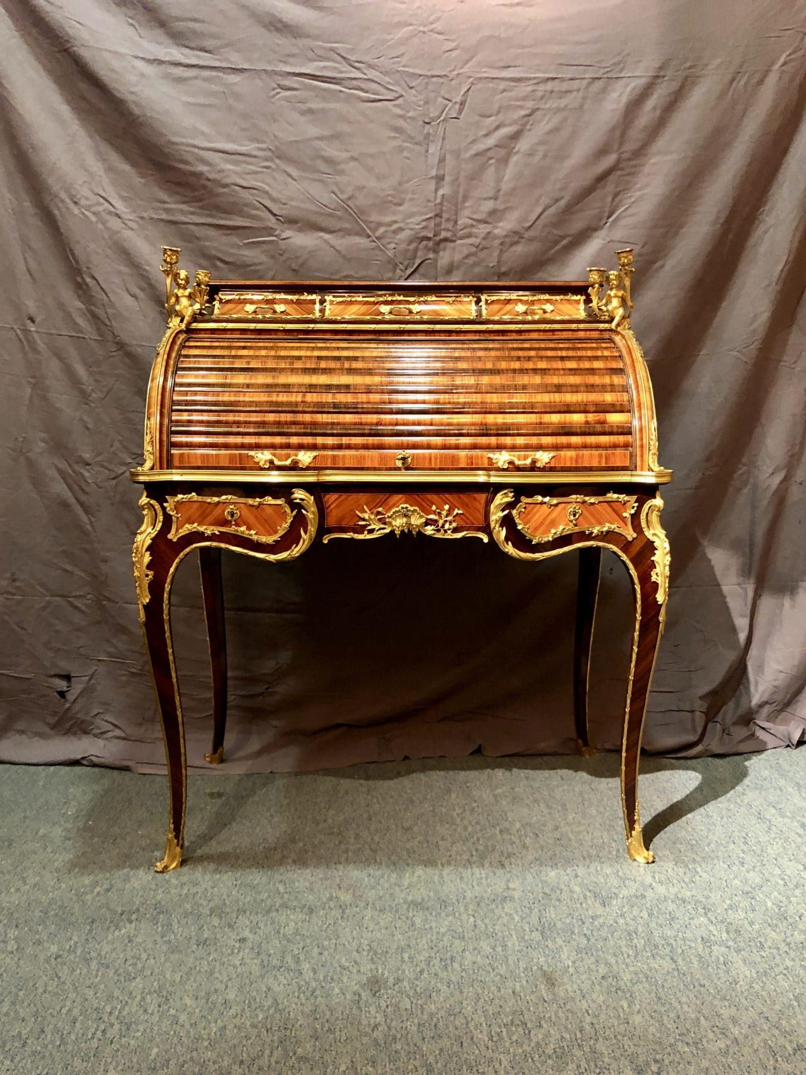 French Cylinder-Curtain Desk, circa 1830. Stamp of Charles-Guillaume WINCKELSEN (1812 - 1871)