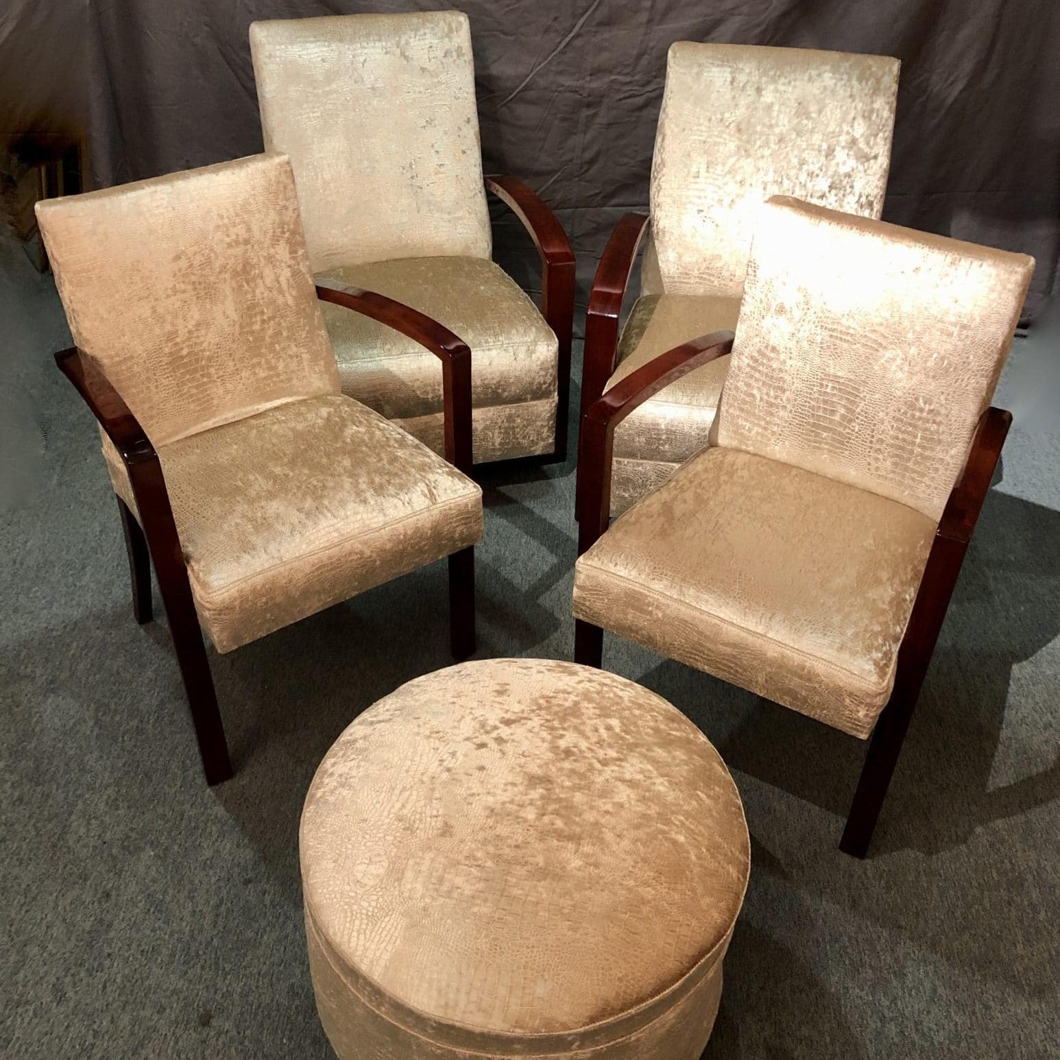 Salon 4 fauteuils et un repose-pied. Mid-Century, circa 1940