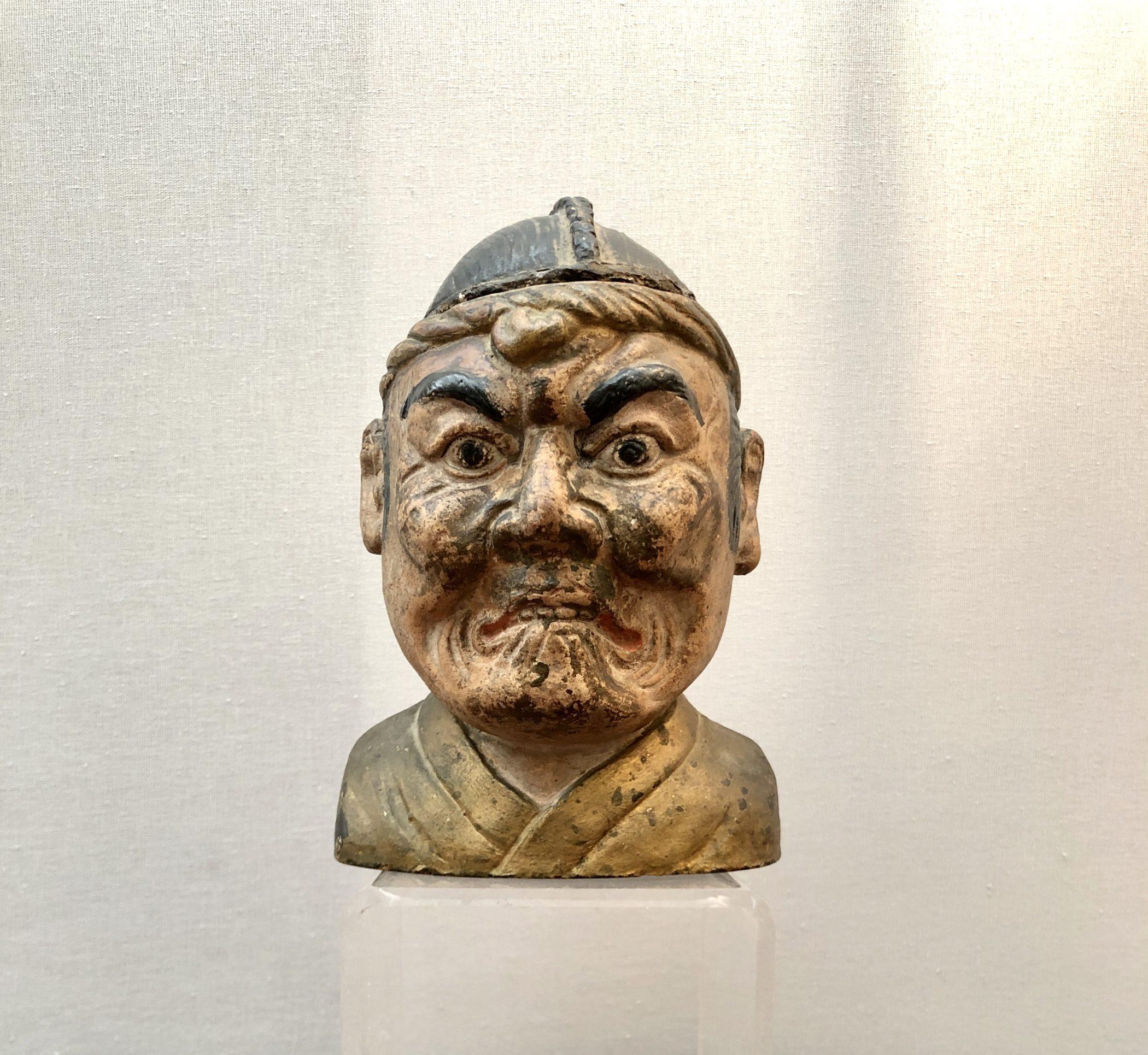Pot à tabac japonais en terre cuite laquée, XIXe siècle